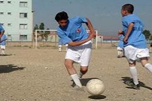 Başkale'de 'yaz futbol okulu' açıldı.12411