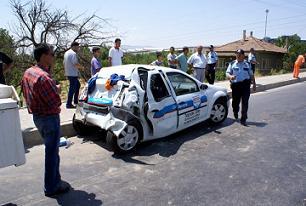 Nazilli�de trafik kazas�: 4 yaral�.17509