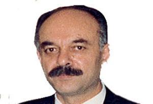 �lahiyat�� Ahmet Yayla vefat etti.7719