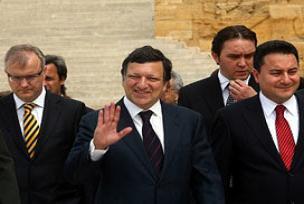 Barroso yeniden AB Komisyonu Başkanı.11845