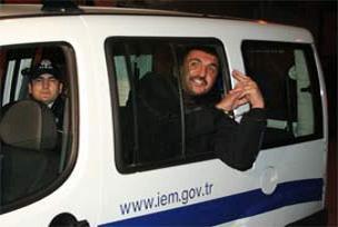 Ferhat Tunç'un polise hakaret davası.11054