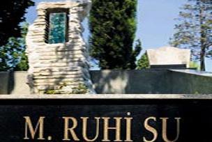 Ruhi Su'nun mezarına silahlı saldırı.14995