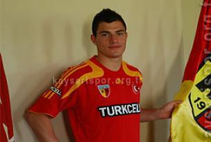 Transferi tartışılan Troisi Kayseri'de.9856