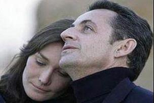 Aşk Sarkozy'e herşeyi yaptırıyor!.10385