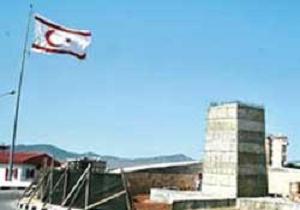 KKTC'de Atatürk Anıtı kavgası.9036