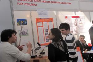 Ufuklu öğrencilerden sigara ve trafik kazalarına bilimsel proje önerisi.12180
