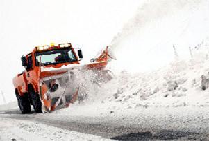 Bartın'da kar yağışı ulaşımı vurdu