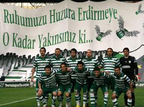 Bursa'da  bilet izdihamı yaşandı