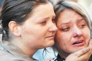 Elektrik  borcu hasta anneyi diri diri yaktı!