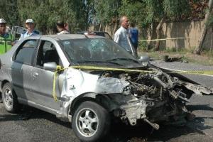 �anakkale'de trafik kazas�: 4 �l�, 5 yaral�.37665