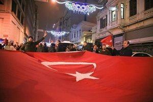 Türkiye ayakta!.19728