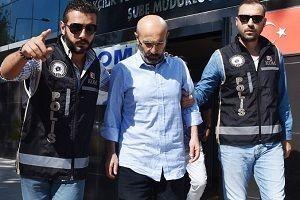 Merkez Valisi Hasan Kürklü FETÖ'den tutuklandı.27230
