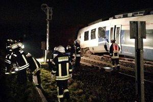 Almanya'da tren kazası: En az 50 yaralı var!.21620