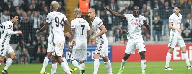 Beşiktaş Vodafone Arena'da turladı!
