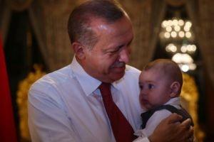 Erdoğan bebeğin kim olduğu açıkladı.13663