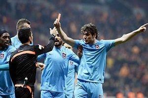 O ma��n hakemi: Trabzonspor'a oyun oynand�