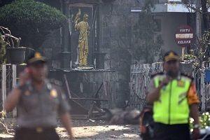 Endonezya'da 3 kiliseye intihar saldırısı!.20992