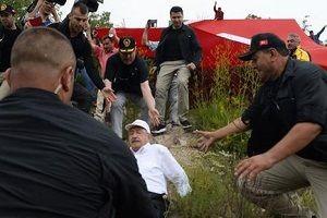 Kılıdaroğlu kayarak düştü.22976