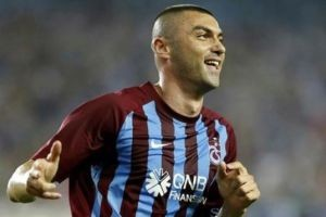 Trabzonsporlu oyuncu Burak Yılmaz itiraf etti.14626