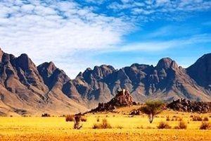 Dubai suni dağ inşaa ediyor.23844