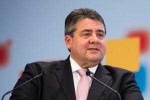Merkel'in yardımcı: Selefi camileri kapatılsın.11284