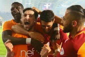 Galatasaray final yolunda büyük avantaj kazandı.19448