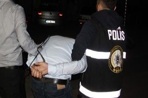 FETÖ'nün dershane imamı yakalandı.14171