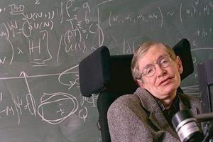 Stephen Hawking hayatını kaybetti.18992