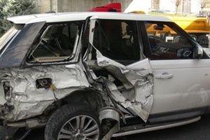 TEM'de zincirleme kaza! Trafik felç oldu.22179