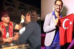 Maraş dondurmacısı, Aamir Khan'ı zorladı.21502