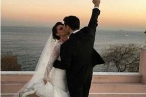 Nez boşanma haberini sosyal medyadan verdi.14365