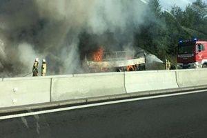 Otobüste yangın çıktı: 18 kişi can verdi!.15024