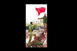 ÖSO o köye Türk bayrağı dikti!.9205
