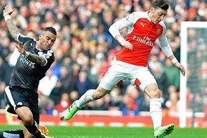 Mesut Özil'den açıklama: Konuşmayı kesin!
