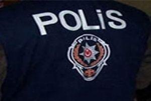 Polisler, öğrencilerin gününe katıldı.10726