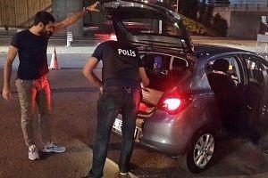 Polis, televizyon ve bilgisayar hırsızlarını yakaladı.21854