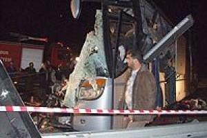 Burdur'da feci kaza: 11 ölü, 26 yaralı.23244