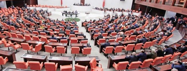 Anayasa teklifi Meclis'ten geçti