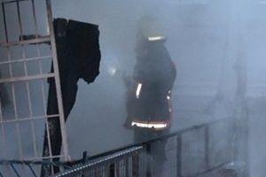 İstanbul'da yangın: 2 kişi öldü.10828