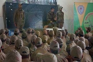 ABD, YPG'li teröristleri böyle eğitiyor.20977
