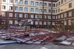 Öğrenci yurdunun çatısı çöktü.23265