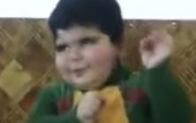 İnternetin yeni fenomeni Arap çocuk