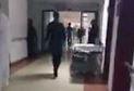 Hasta refakatçisi hastaneyi birbirine kattı