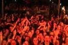 Kalabal��� trolleyen DJ - Video