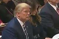 Donald Trump, kuran dinledi
